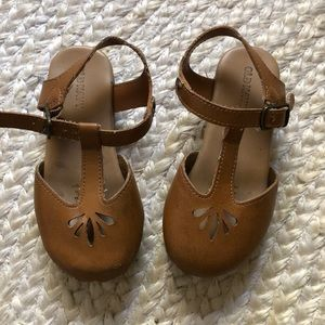 Old Navy clog sandals | size 9